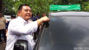 Bikin Penasaran, Begini Tampilan Stiker Taksi Online